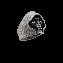 Anello Cranio con un cappuccio