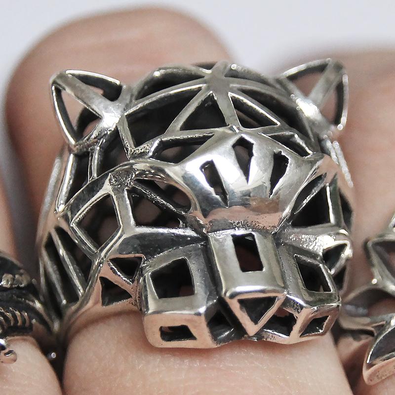 Pantera anello de argento