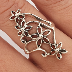 Long silver ring with flowers