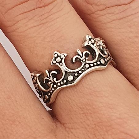 anillo de la corona