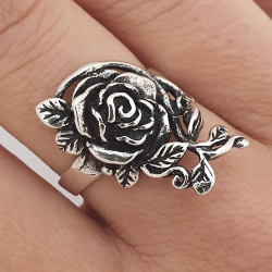 Rose and leaves ring